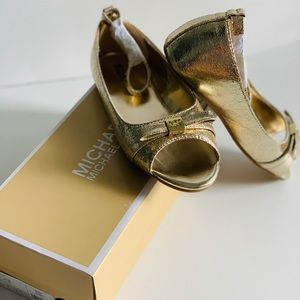 Michael Kors Girls Windy Soft Gold